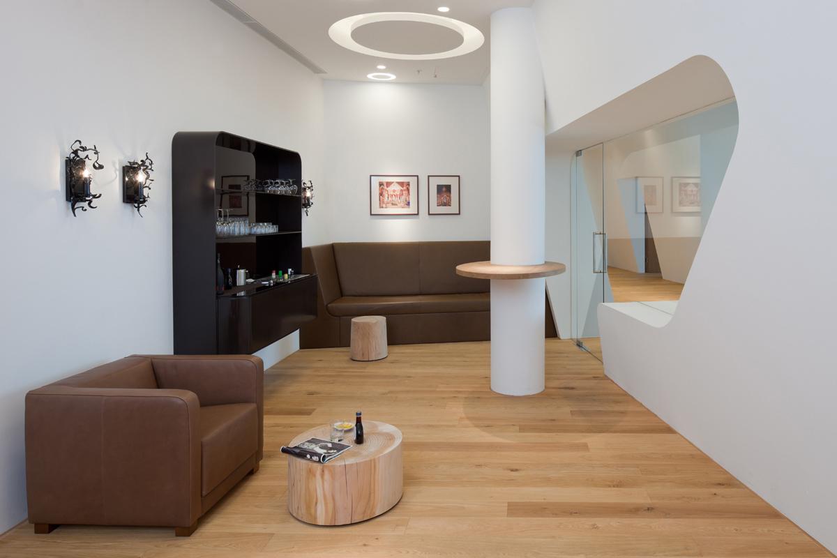 referenz-designfunktion-vip-wing-lounge-muenchen-02