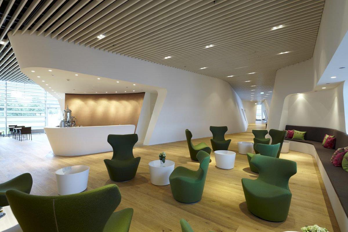 referenz-designfunktion-vip-wing-lounge-muenchen-05