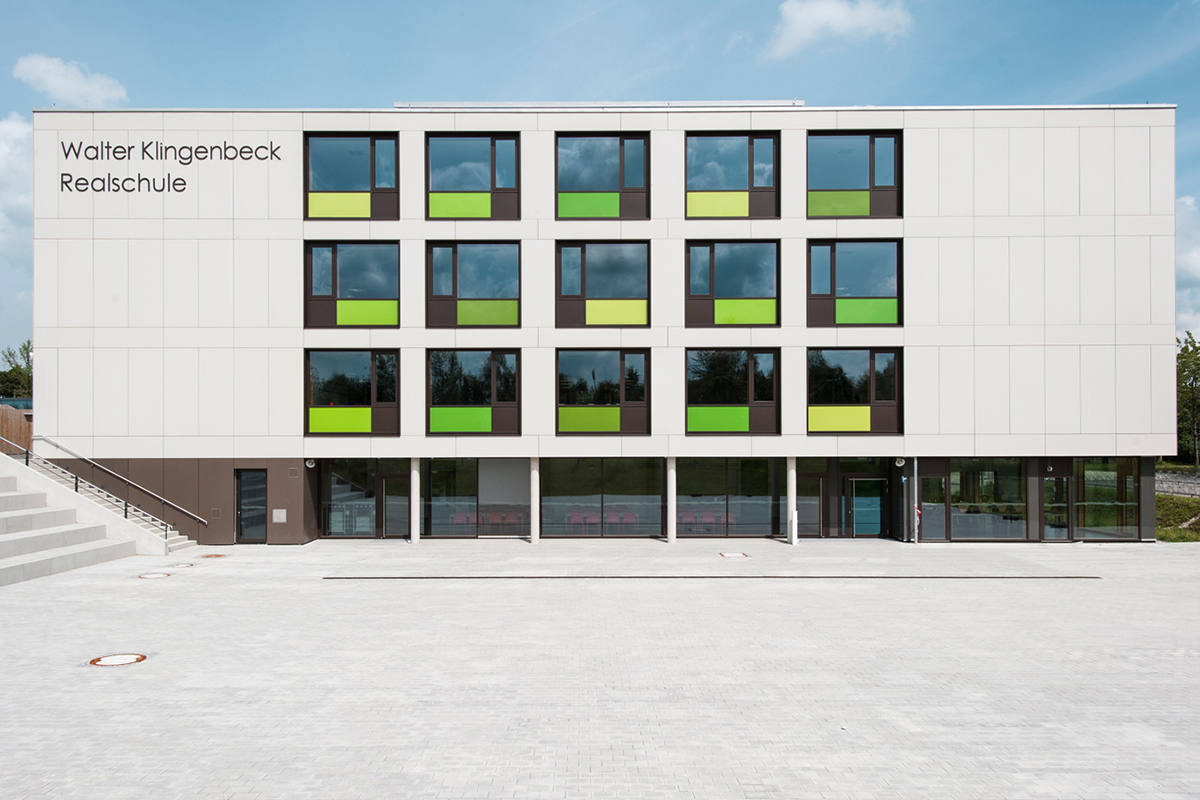 referenz-designfunktion-walter-klingenbeck-realschule-taufkirchen-08