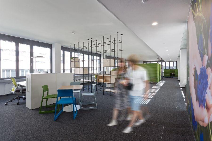 der Multispace Ansatz kombiniert verschiedene Bürotypen zu einem modernen Bürokonzept